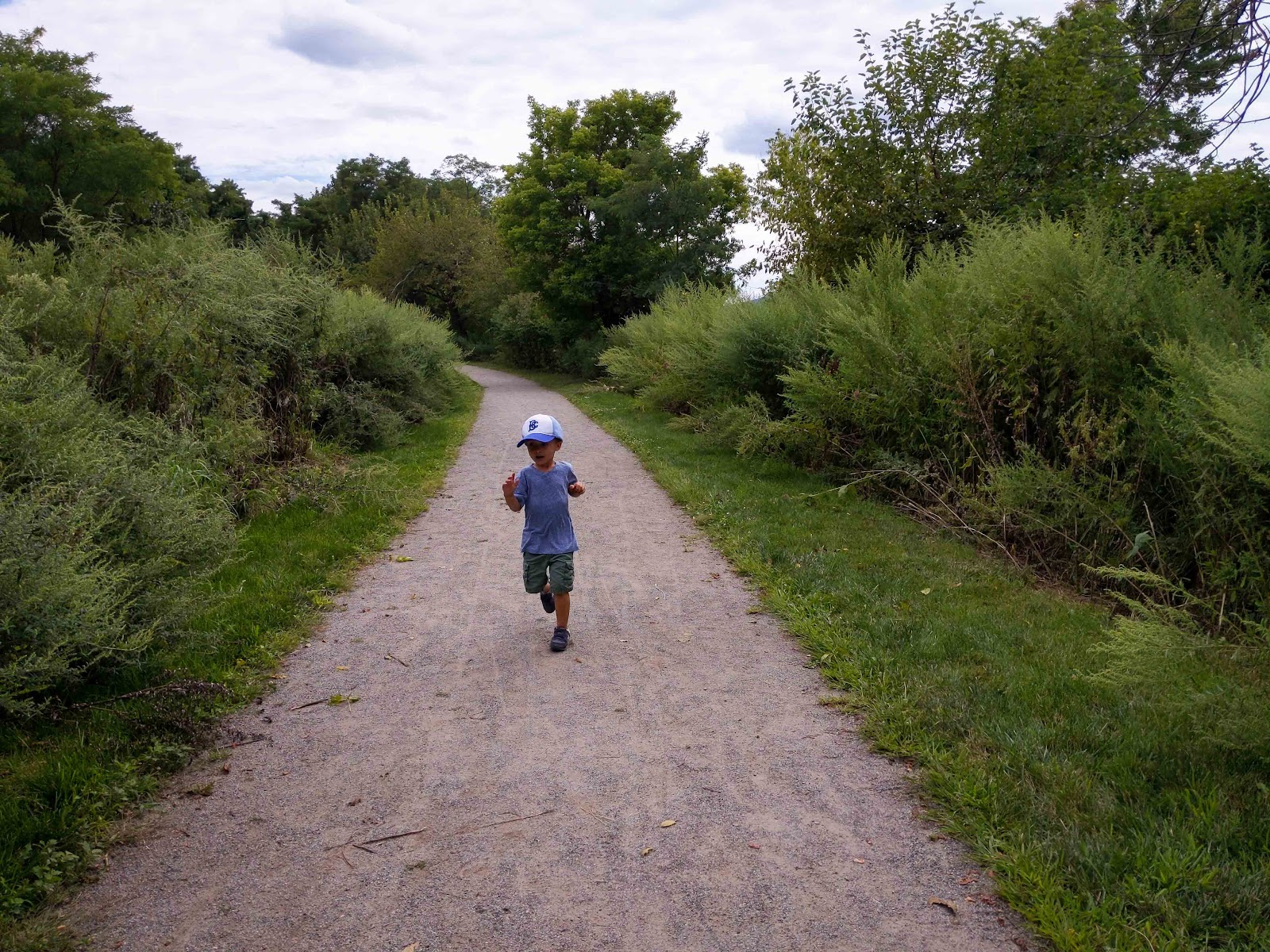 The accessible trails near Hudson Long Dock Park are a great option for a quick walk, or run, after visiting Dia:Beacon.