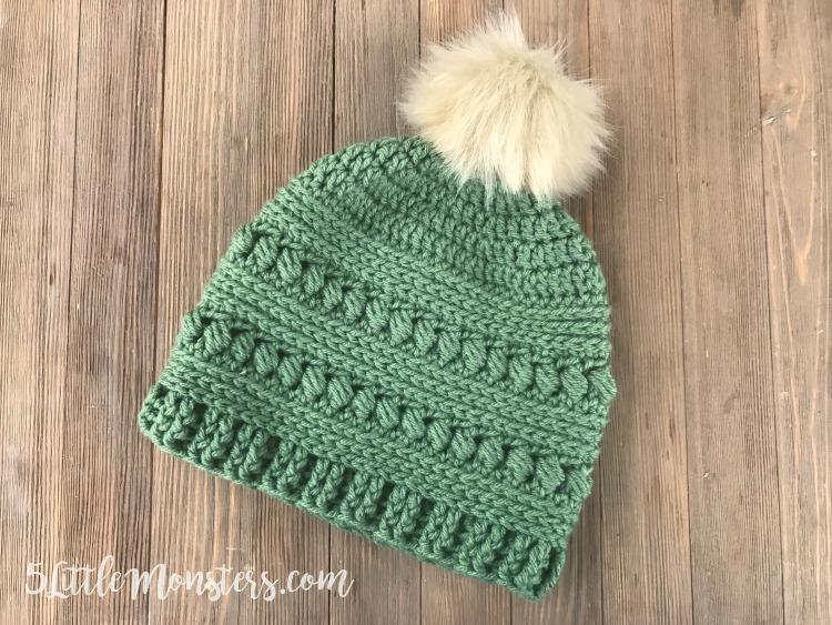 How cute is this Bead Stitch Hat from 5 Little Monsters for winter? See all the Best Crafts of 2018 from more of your favorite bloggers at Halfpint Design.