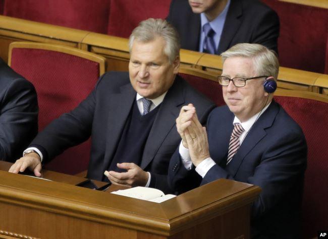 Александр Кваснєвський та Пет Кокс у Верховній Раді України
