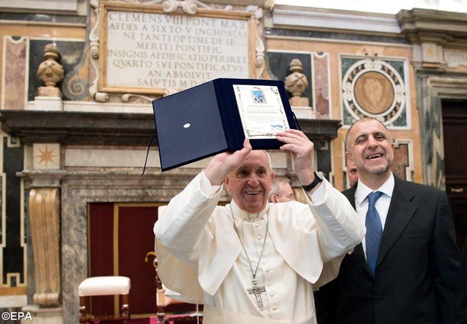 Đức Thánh Cha nói về cách giải quyết các vấn đề: Đối thoại (Toàn văn Diễn từ với tổ chức 'Telefono Amico Italia')