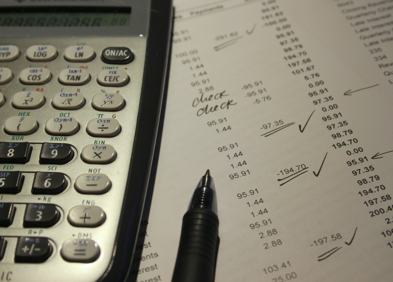 seguradora oferecem serviços adicionais para lhe ajudar a sair da crise