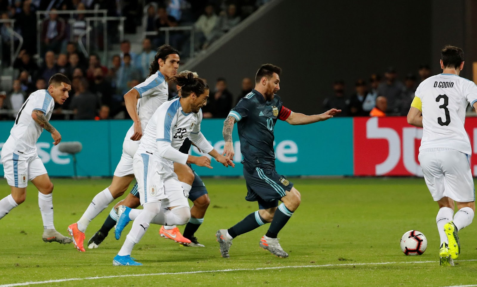 Месси спас Аргентину