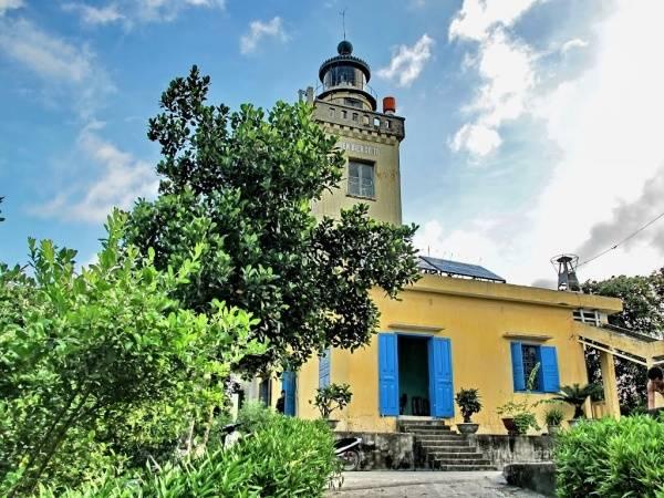 Ngọn hải đăng Cô Tô là điểm đến lý tưởng và đầy hấp dẫn