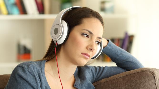 """หากการ """"Work from Home"""" แล้วไม่มีสมาธิพอ การฟังเพลงช่วยคุณได้1"""