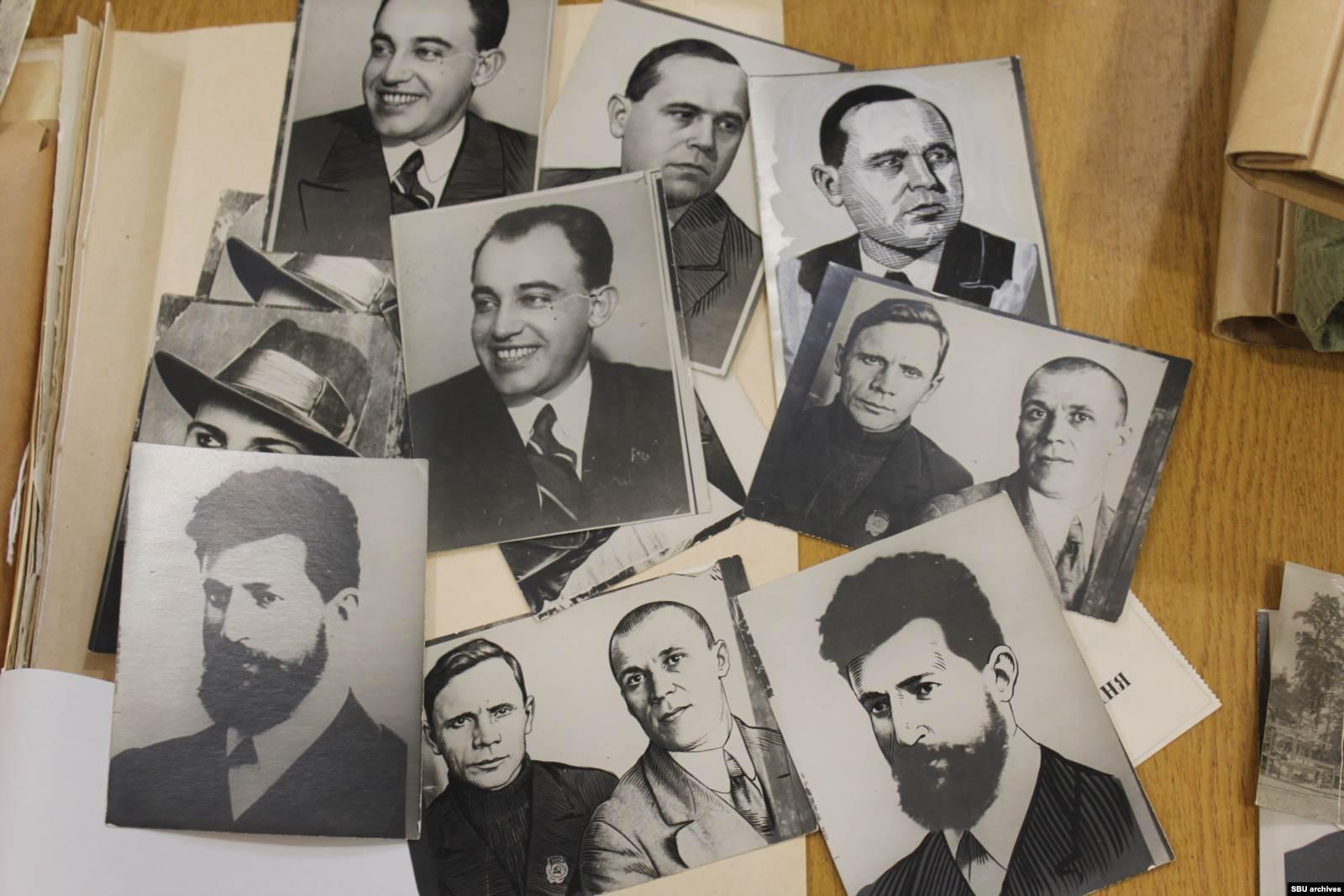 Изъятые снимки, которые ретушировал Цетнаровский. В деле они не пригодились, но остались в архиве
