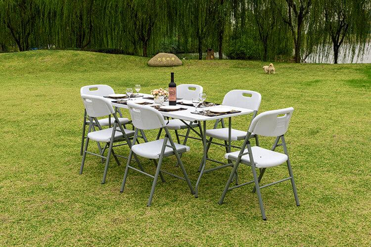 edding chairs