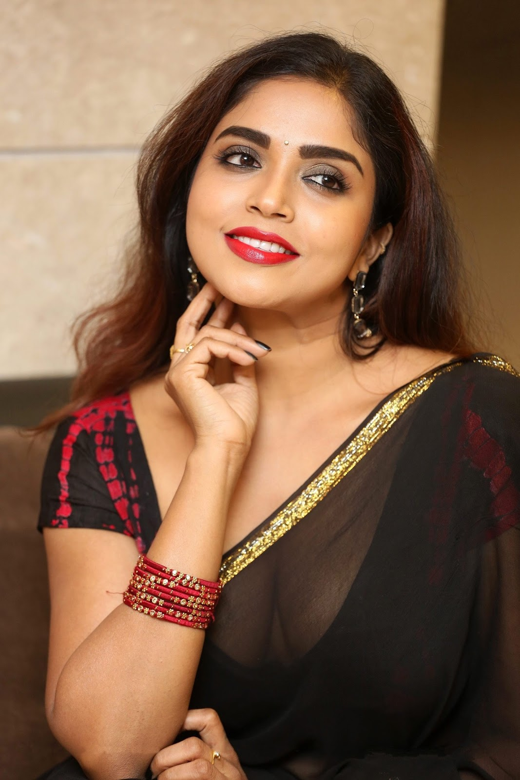 Indian Actress Karunya Chowdary  Hot Pictures  pictures in saree