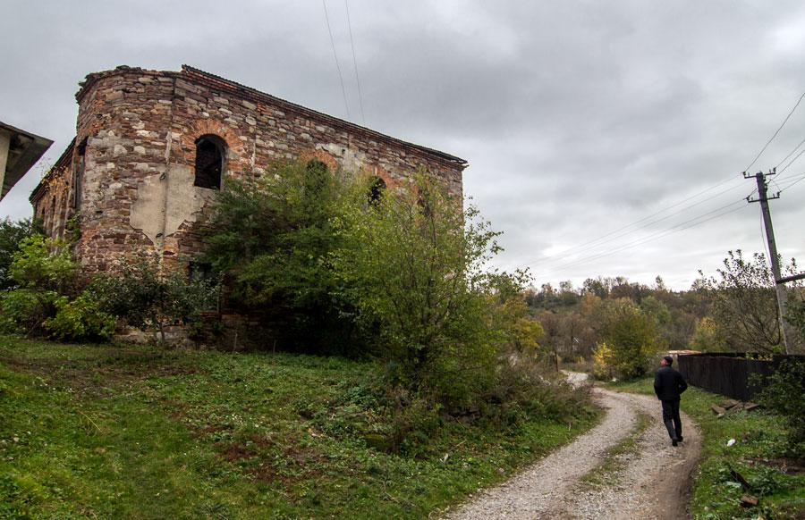 Заброшенная синагога в селе Струсове, Тернопольская область