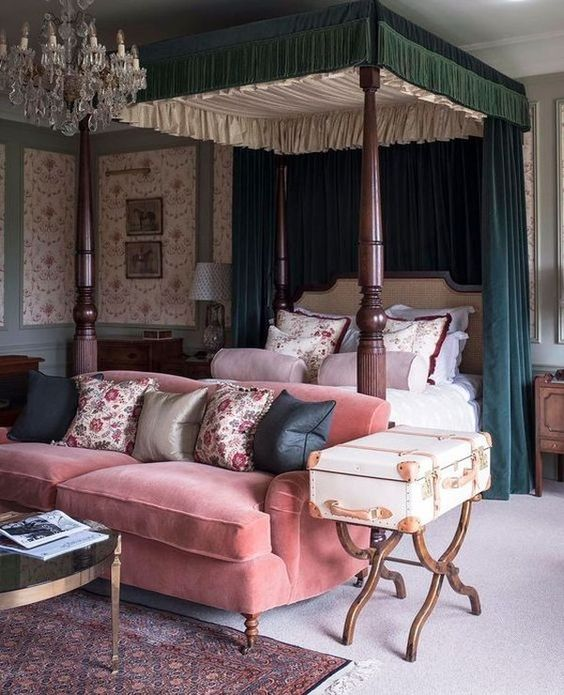 Traditional English Country Boudoir