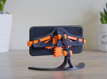 Image of Cool Things to 3D Print: Quick Grab/Release Phone Stand