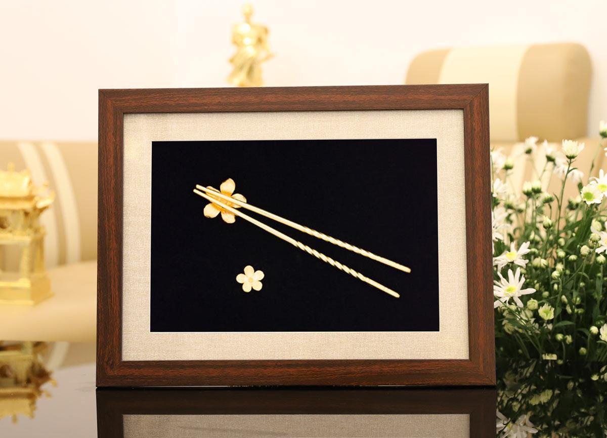 Lấp lánh bộ quà tặng ngày 20/10 lấy cảm hứng từ hoa của Royal Gift - Ảnh 10