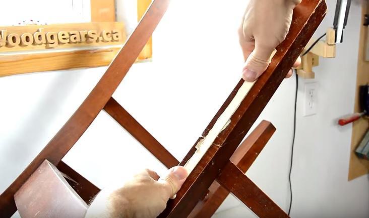 sửa ghế gỗ gãy chân 6