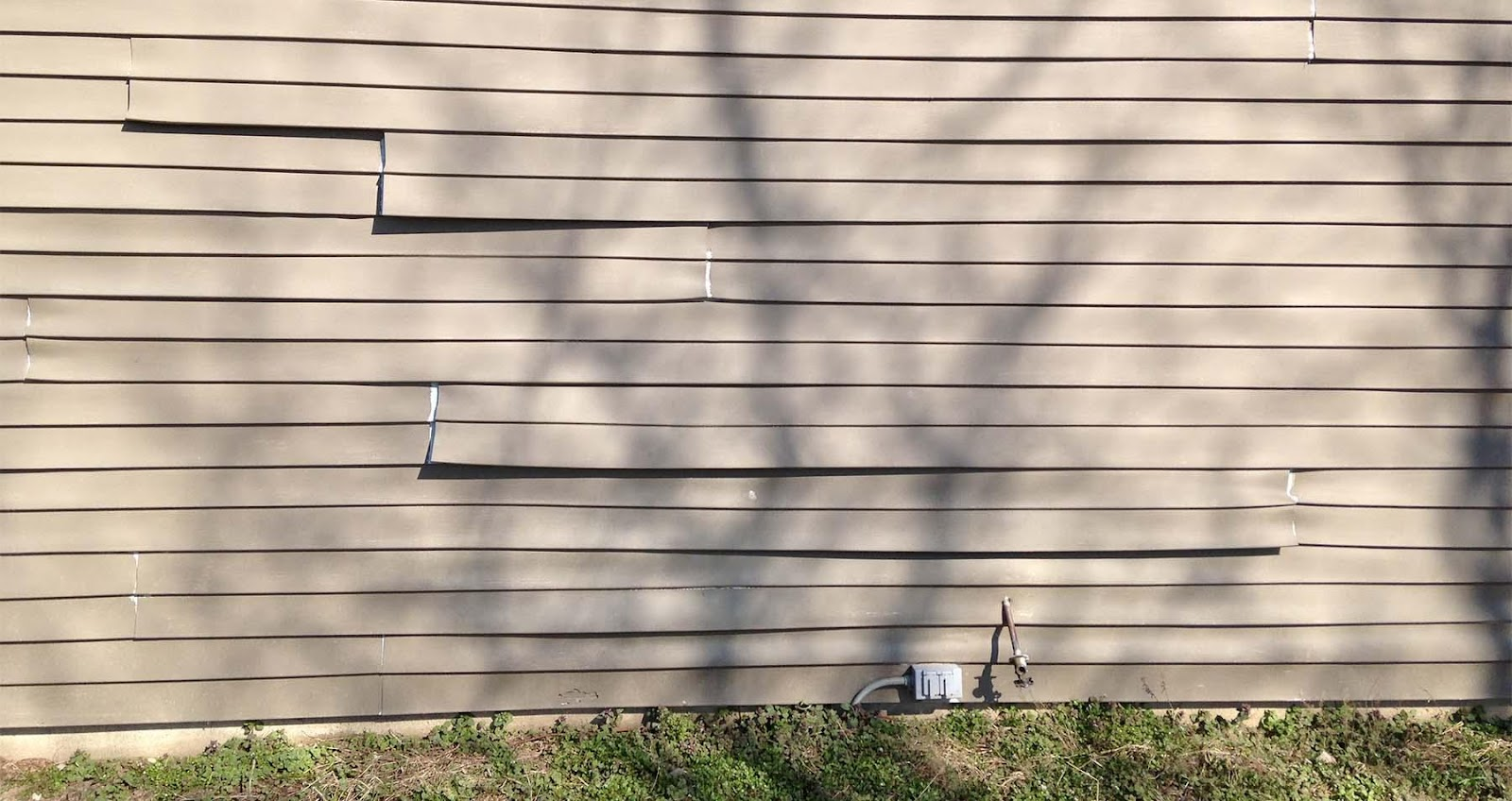 Problems With Vinyl Siding | Common Issues & Major ...