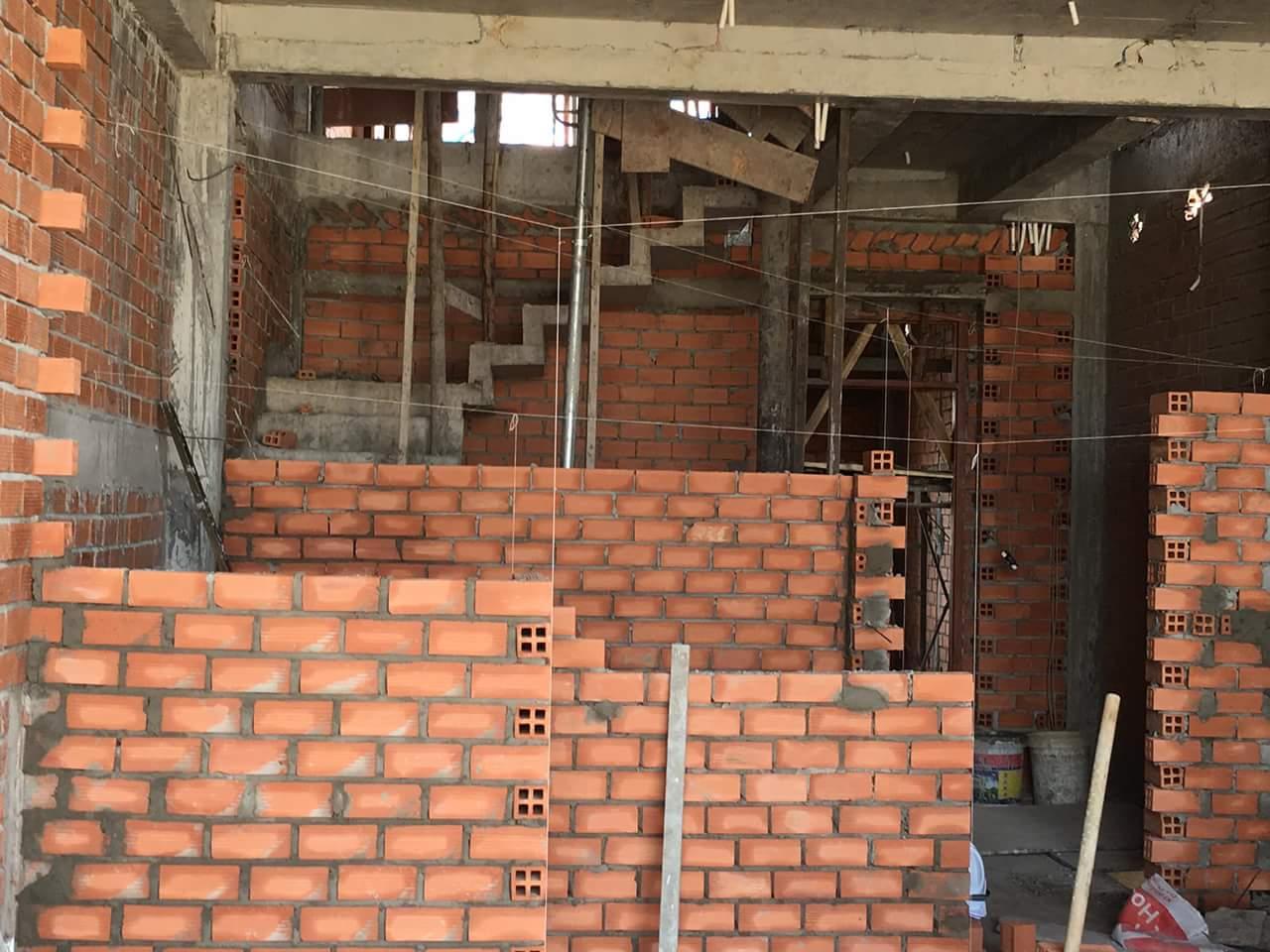 Việc nâng cấp tu bổ nhà hiện nay tại thành phố Hồ Chí Minh đang rất cấp bách