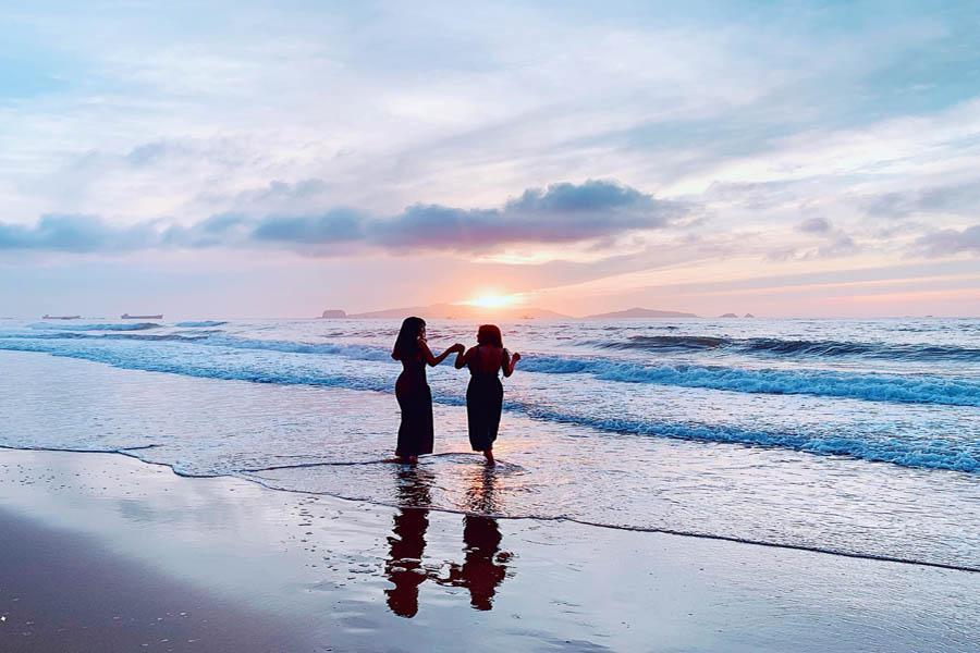 bình minh tại bãi biển nghi sơn