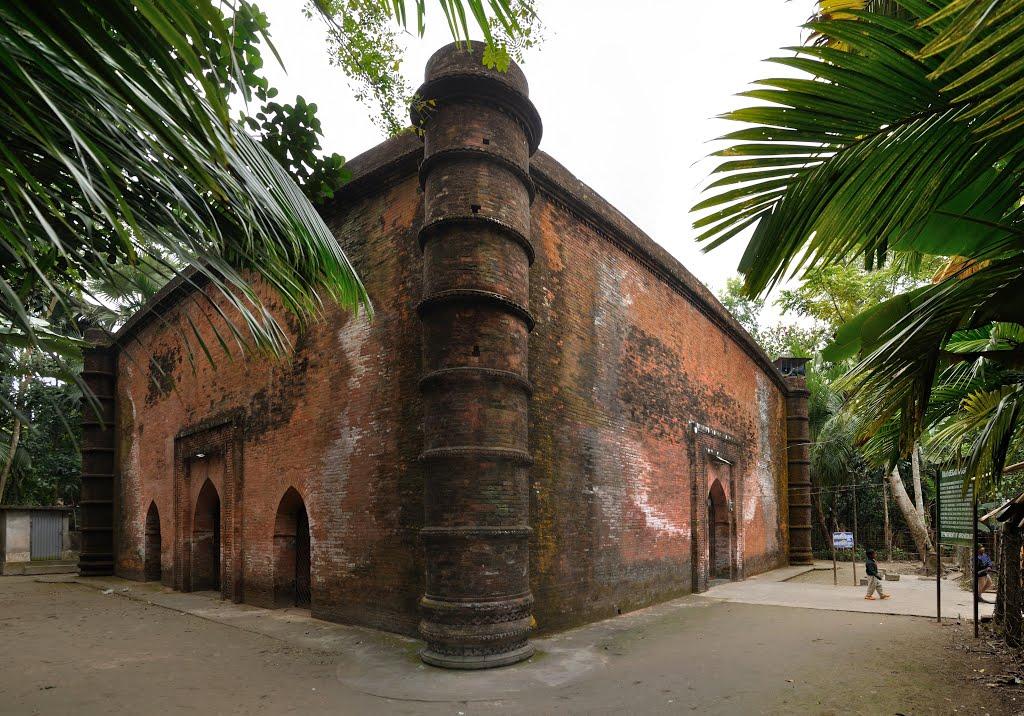 ঐতিহাসিক খলিফাতাবাদ শহরের আরেকটি স্থাপনা, বিবি বেগনী মসজিদ