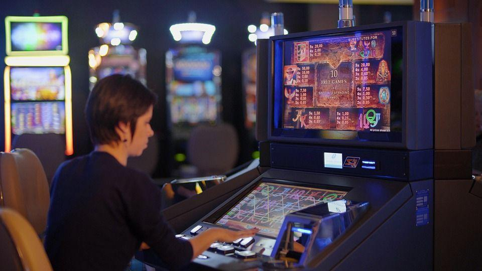 Online Casino Slot Games: Tips & Strategies to Become a Slots Champion -  Live For BBALL