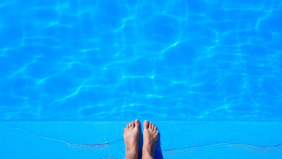 Pool, Feet, Closed For Holiday, Ferragosto, Party