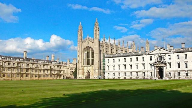 kings college of london.jpg