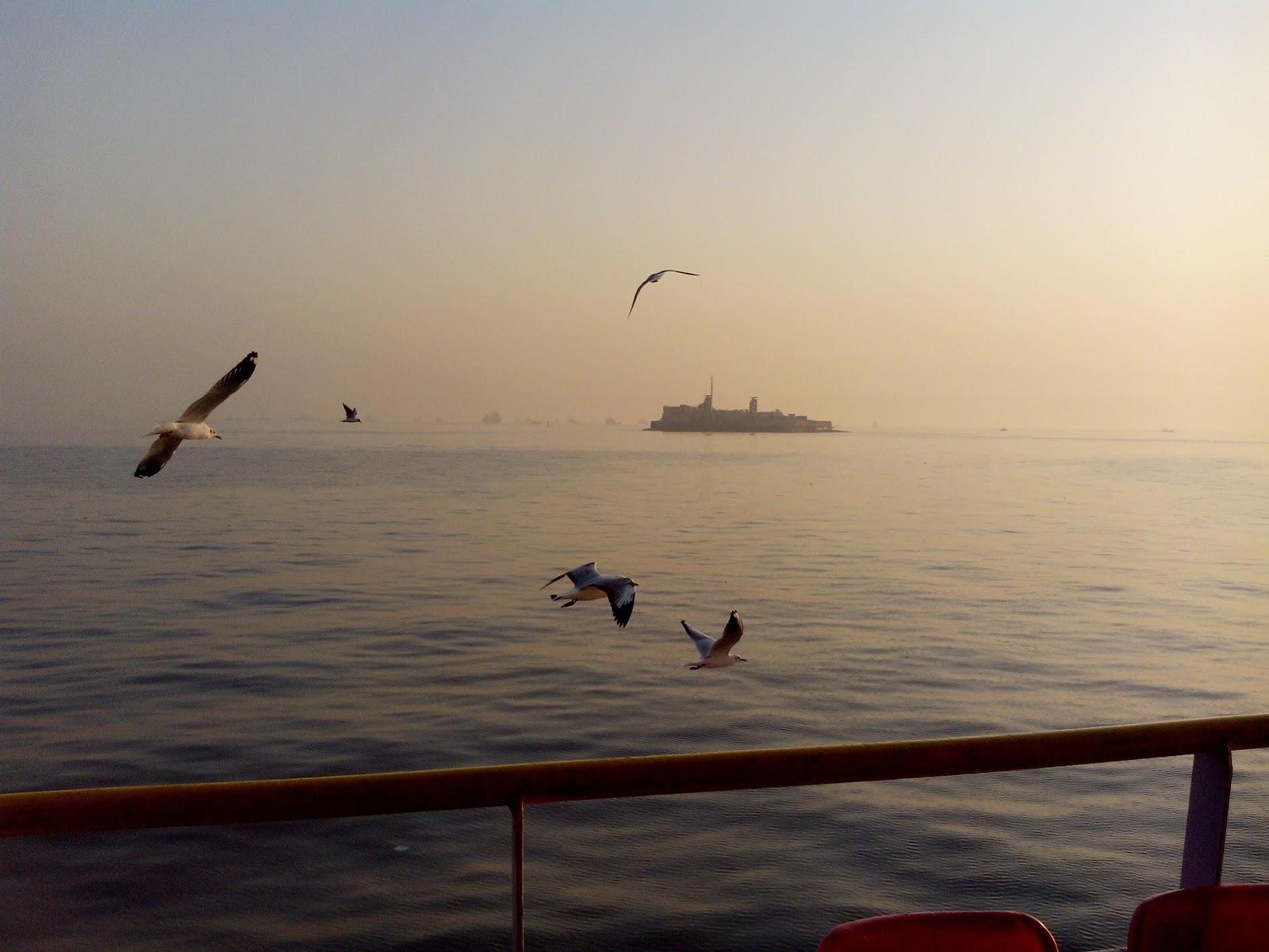 Mumbai Sea-2.jpg