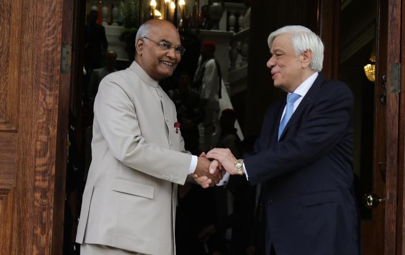 Ο Πρόεδρος της Ινδίας με τον Προκόπη ΠΑυλόπουλο. Φωτογραφία: Eurokinissi
