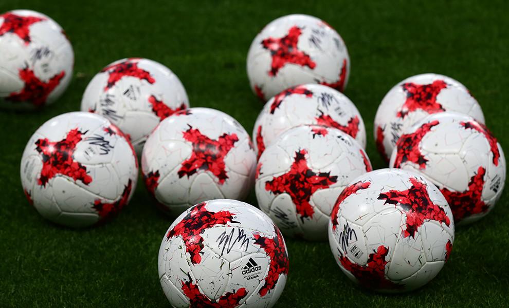 tile_about_footballs.jpg
