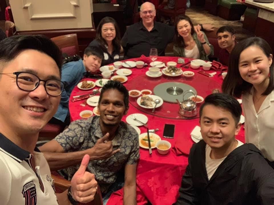 圖像裡可能有9 個人、包括 Yu-Pei Chen 、 Lin Szu Ling 、 Jasmine Huang 和 Motty K Mathew、微笑的人