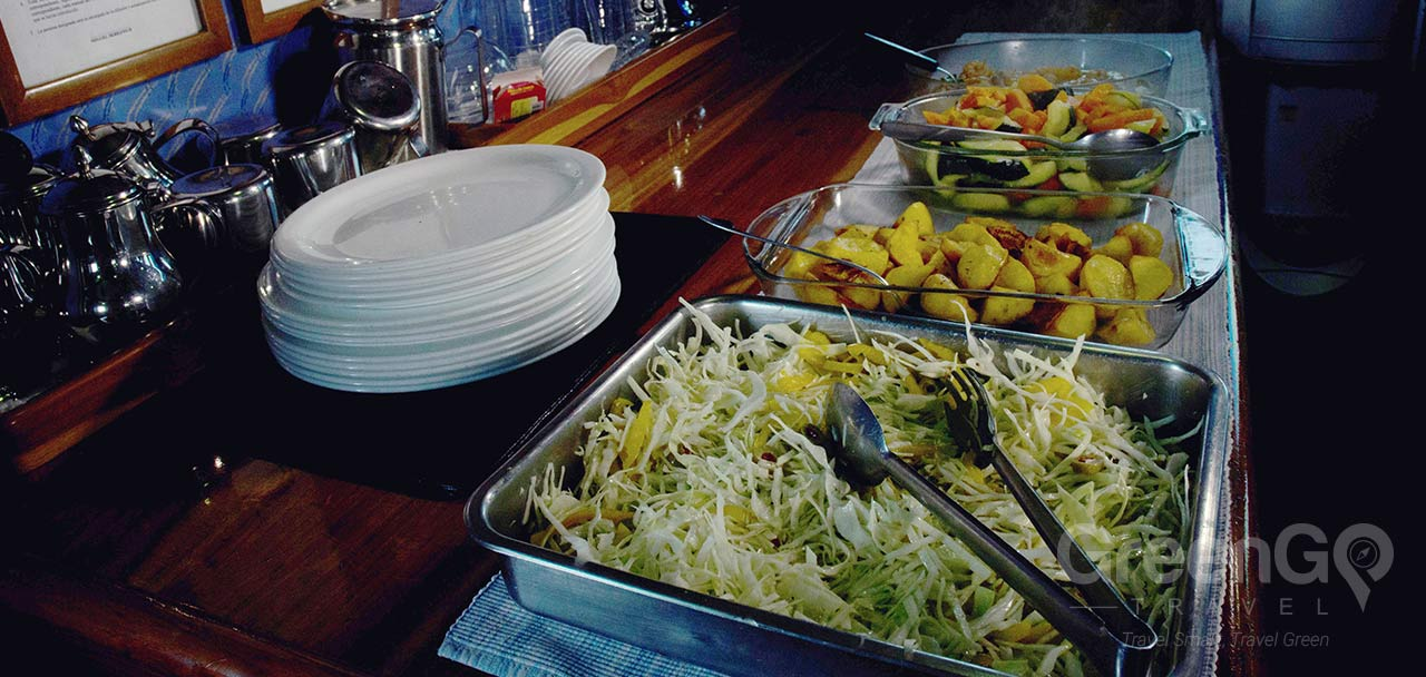 Buffet Meals For Sailboat Journey
