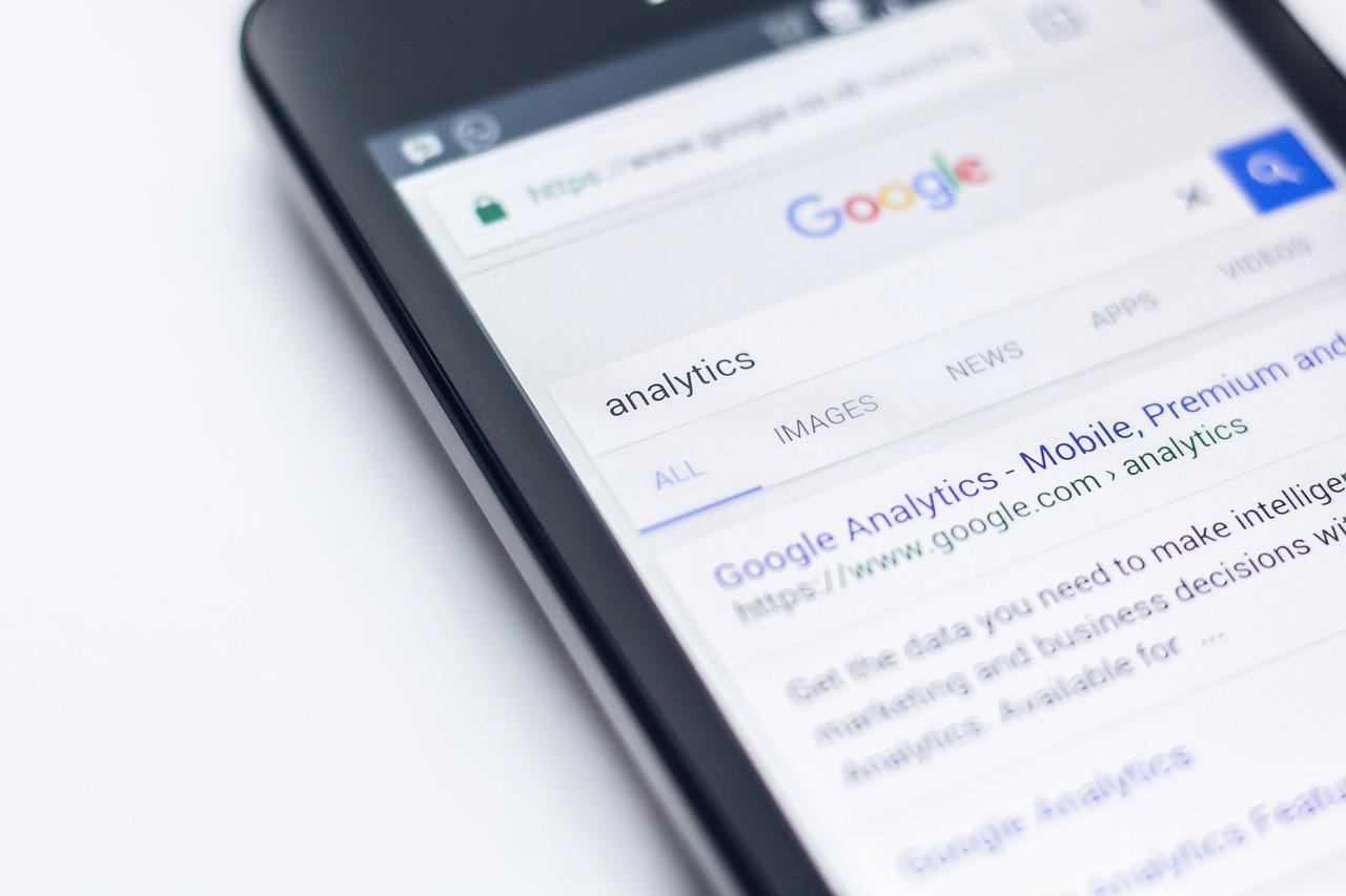 Google Analytics on a smartphone