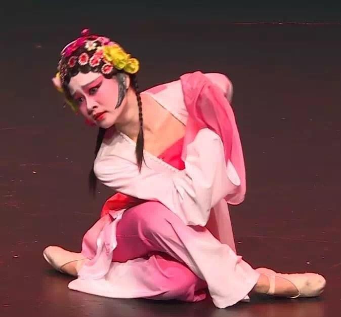 京剧舞蹈-青衣1.jpg