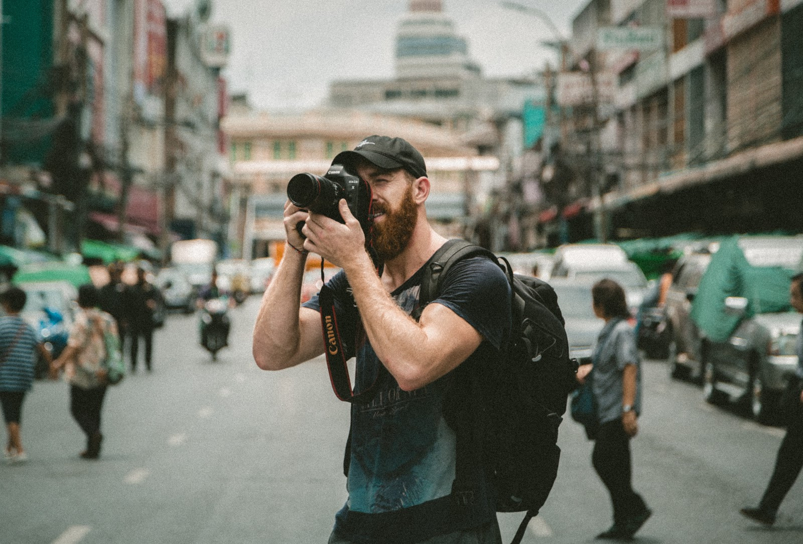 Use your skills, work experience and hobbies to become a digital nomad.