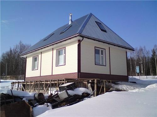 Вальмовая крыша - фото