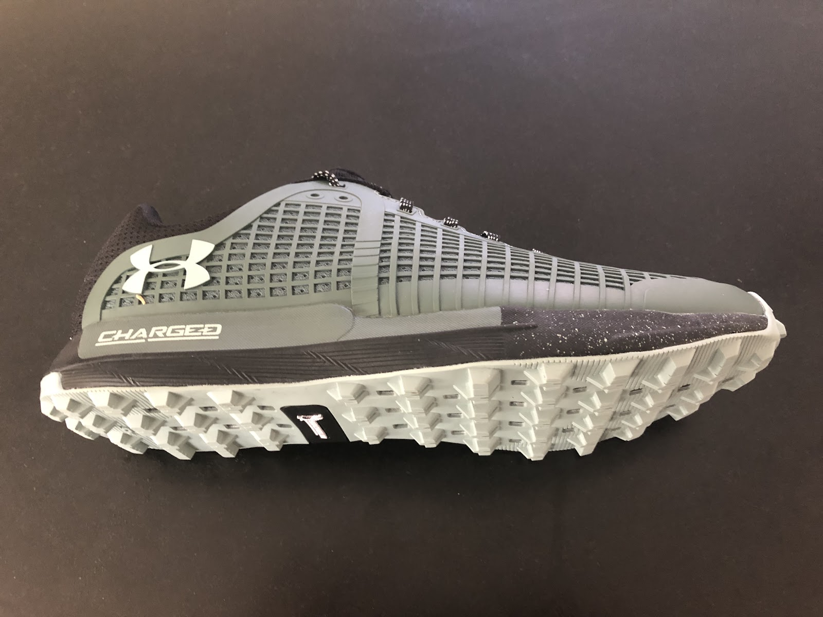 9cee8b3ae39c The UA Horizon BPF is a relatively lightweight (approx, 10.1 oz/286 g)  trail runner with a molded monocoque supportive upper, and a relatively  firm, ...