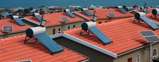 Energia solar térmica instalada em área residencial