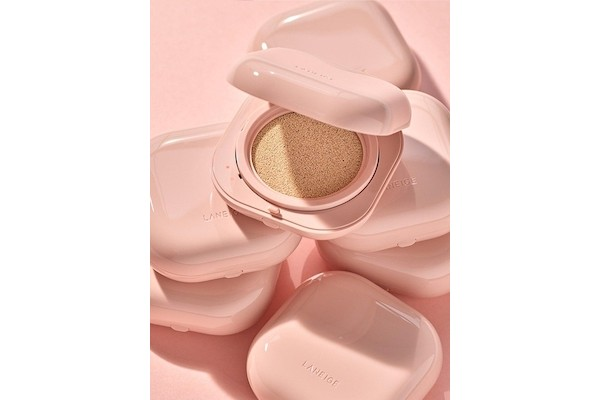 LANEIGE Neo Cushion Glow SPF50 PA++ from W Concept