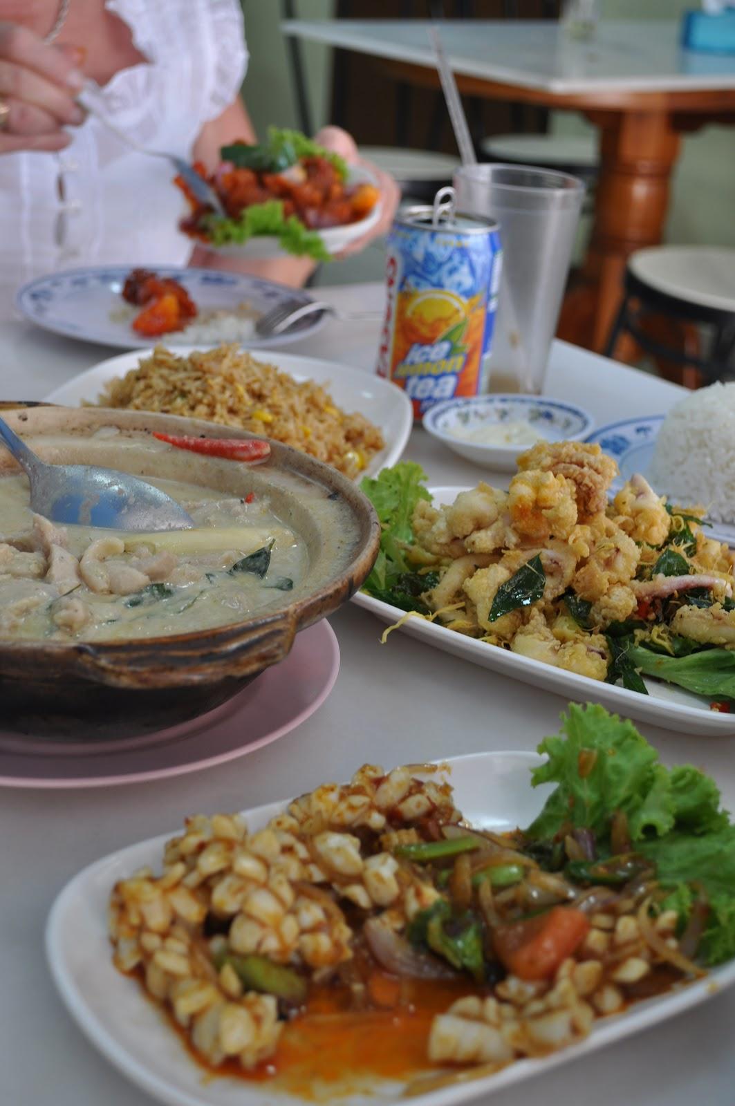singapore-street-food-cheun-chuen-crispy-seafood