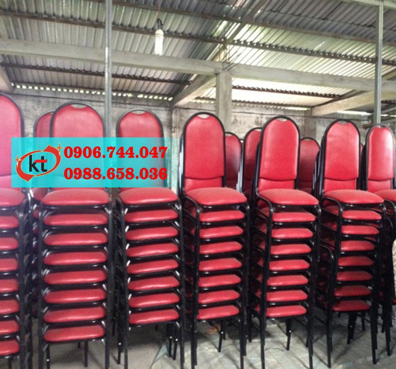 Ghế nhà hàng Simili lưng tròn đỏ đô KT11.jpg
