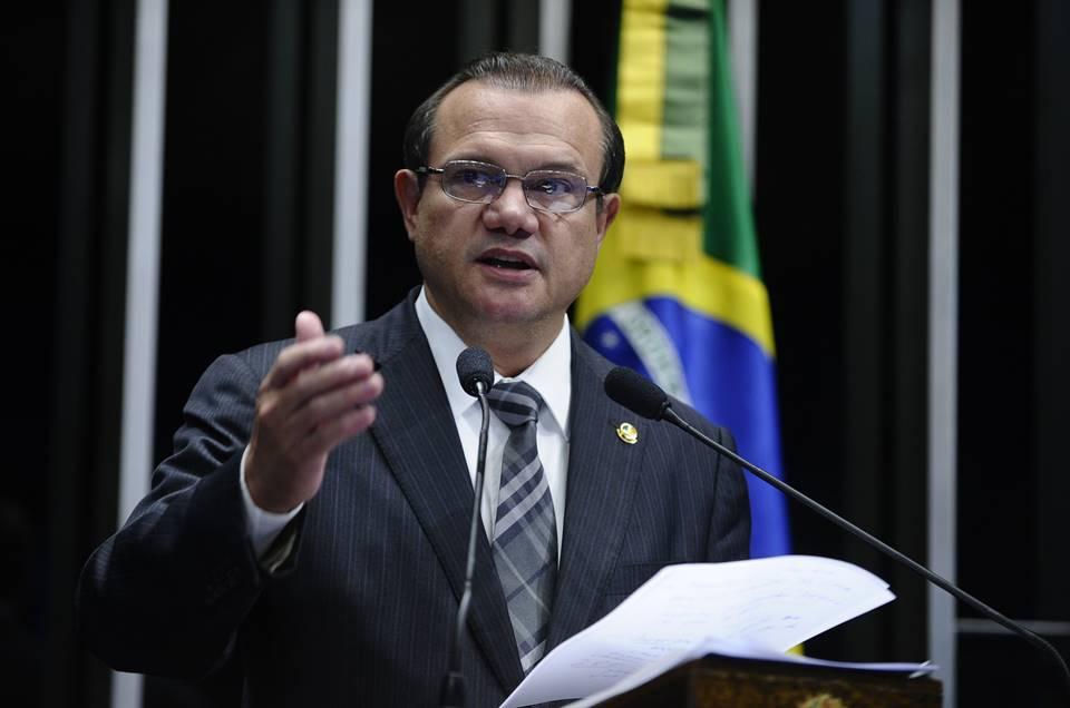 Senado interfere nas regras de transporte de medicamentos da ANVISA