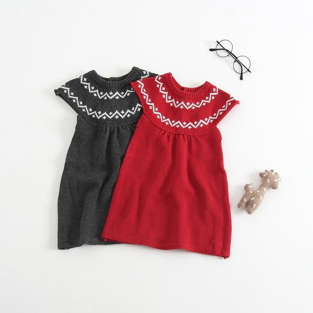 Sukienka dla dziewczynki na drutach