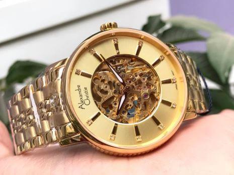 Vì sao nên mua đồng hồ Alexandre chính hãng giá tốt?