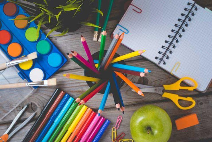 Przybory szkolne i biurowe po angielsku | School supplies | ELLA