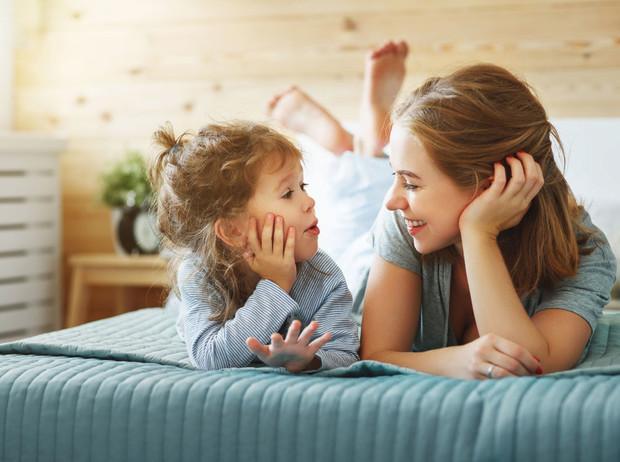 Как и о чем говорить с ребенком | Marie Claire