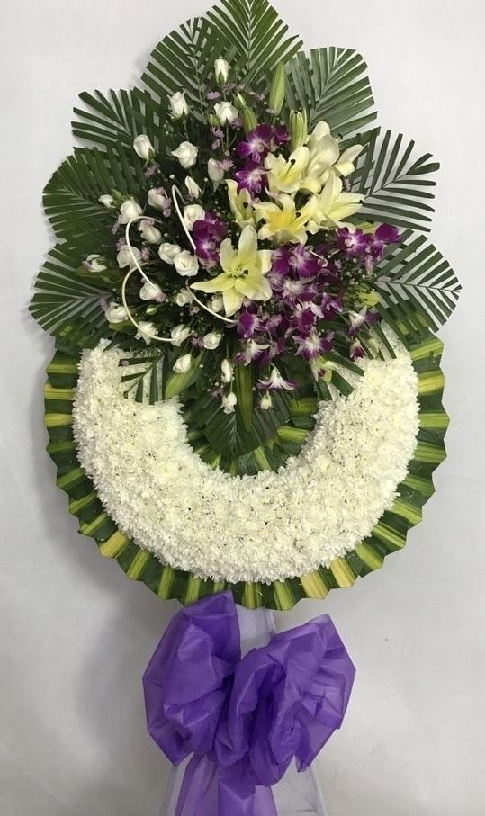 Chọn cửa hàng đặt vòng hoa tang lễ quận 1 cần những tiêu chí nào?