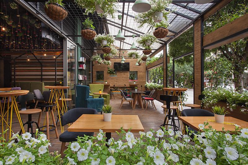 Cách thiết kế quán cafe sân vườn mang hơi thở của thời đại hiện nay   caykiengminhthao.com