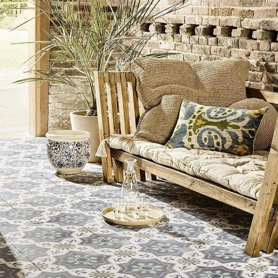 Mediterranean Style Blue and White Tiles for Outdoor Areas