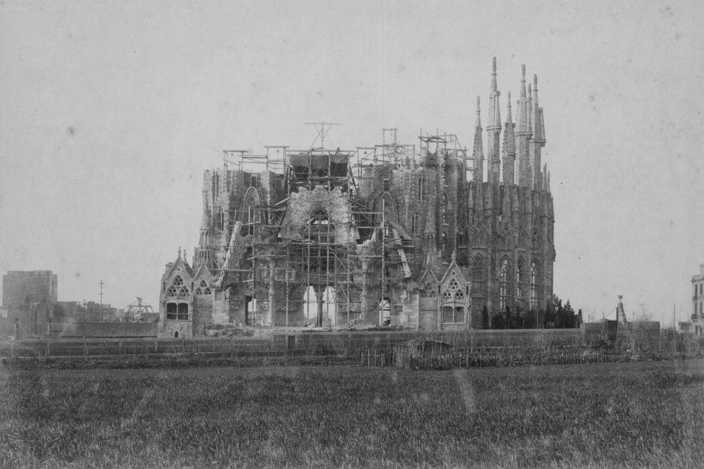 История собора Саграда де Фамилия