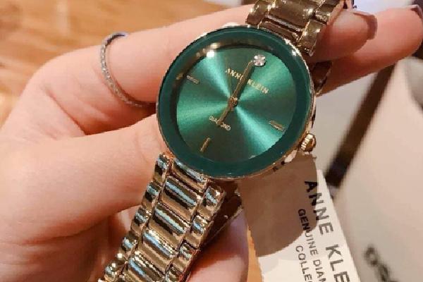 Đồng hồ Anne Klein nữ màu xanh Đẹp Độc Lạ dành cho phái đẹp
