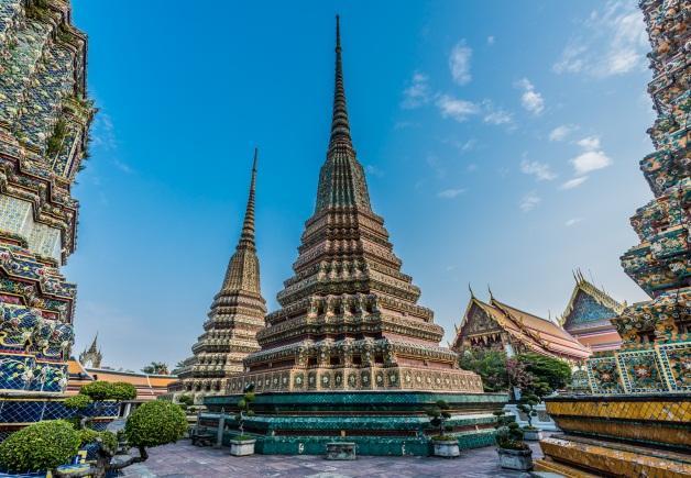 C:\Users\panomt\Downloads\Wat Po stupa 2.jpg