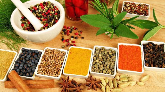 Tại sao doanh nghiệp nên chọn dịch vụ nấu cao dược liệu thuê