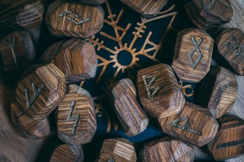 Simple Handmade Runes for Decorating Your Desk